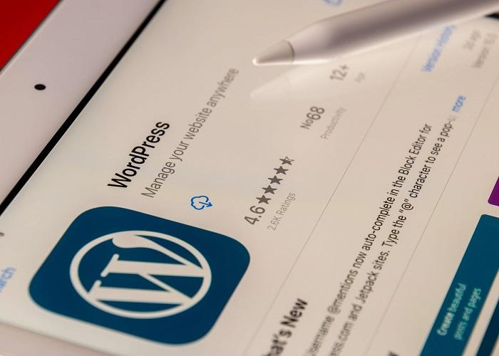codeigniter-vs-wordpress