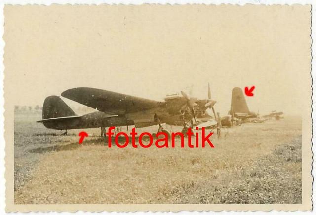 Foto-Gebirgsj-ger-Rgt-99-russischer-Flugplatz-mit-Beute
