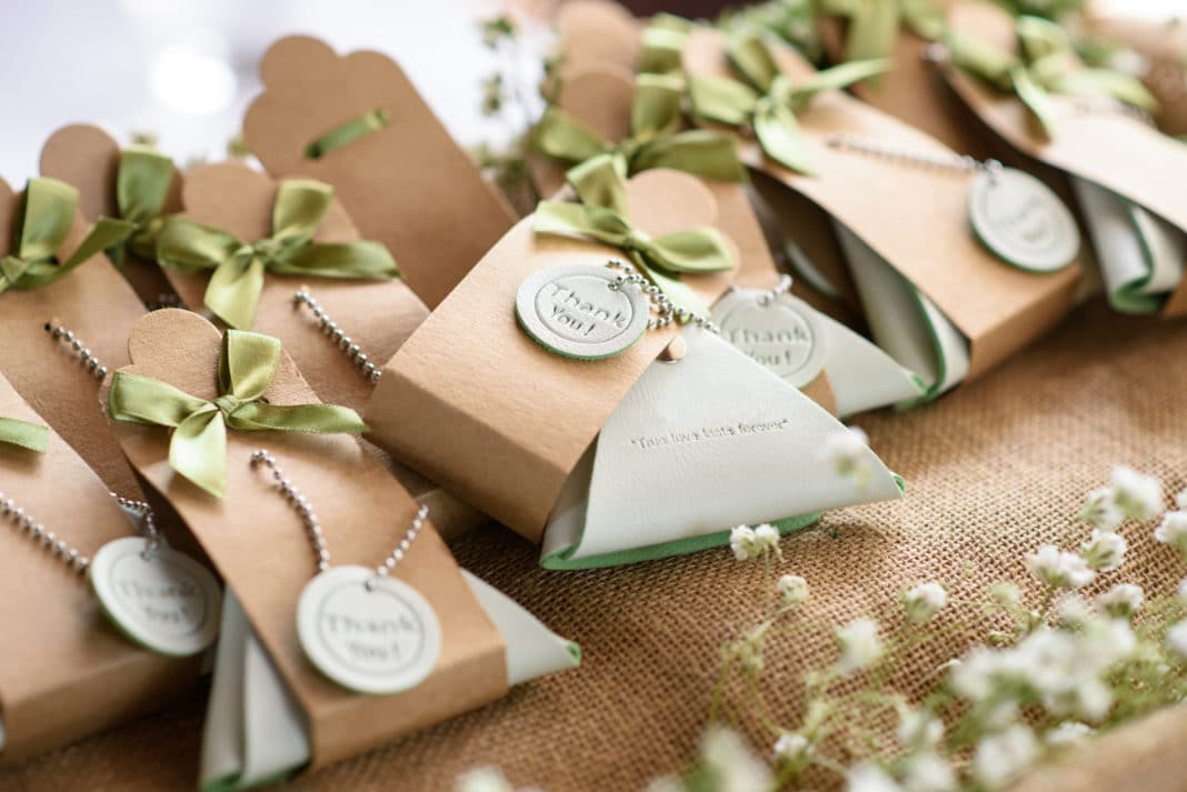 Tips for Picking the Perfect Wedding Favors