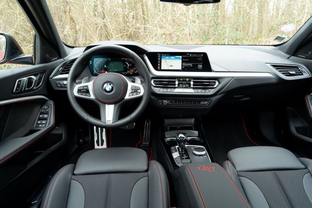 2018 - [BMW] Série 1 III [F40-F41] - Page 32 40-CF4-B56-20-AD-449-B-8621-C58-A18-CA0-B4-E
