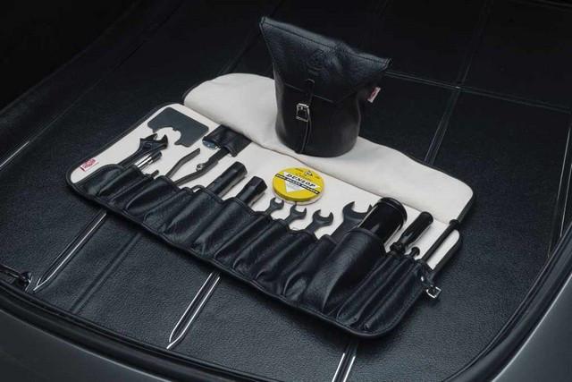 """Jaguar Classic Dévoile La Type """"60 Collection"""" : Homage Au 60e Anniversaire De La Sportive Légendaire 17-E-TYPE-toolkit"""