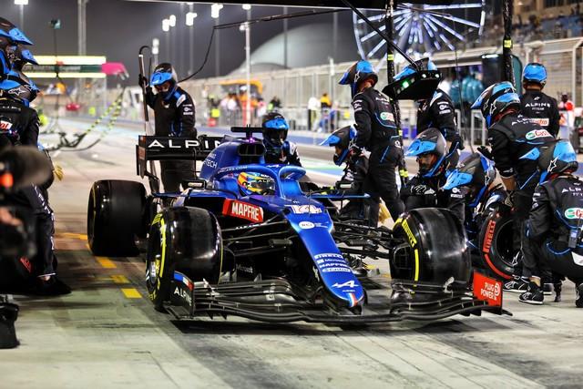 Alpine F1 Team bredouille à Bahreïn après un début de saison âprement disputé Grand-Prix-Gulf-Air-de-Bahren-2021-22