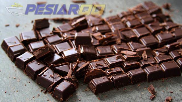 7 Tips Memilih Cokelat Hitam Kemasan yang Berkualitas dan Menyehatkan