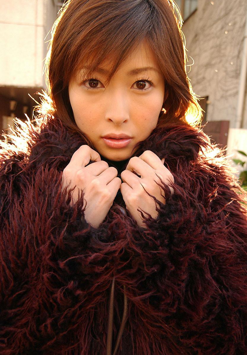 Dokkiri-Queen-No-002-Nana-Natsume-004