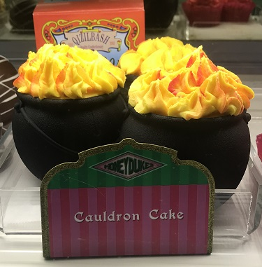 Cauldron Cupcakes at The Wizarding World of Harry Potter