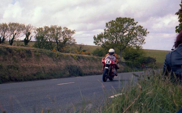 [Image: 1984-Isle-of-Man-TT-10.jpg]