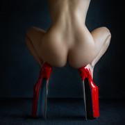 lady-in-red-03-7617354a-911a-406e-a785-913fce871af7