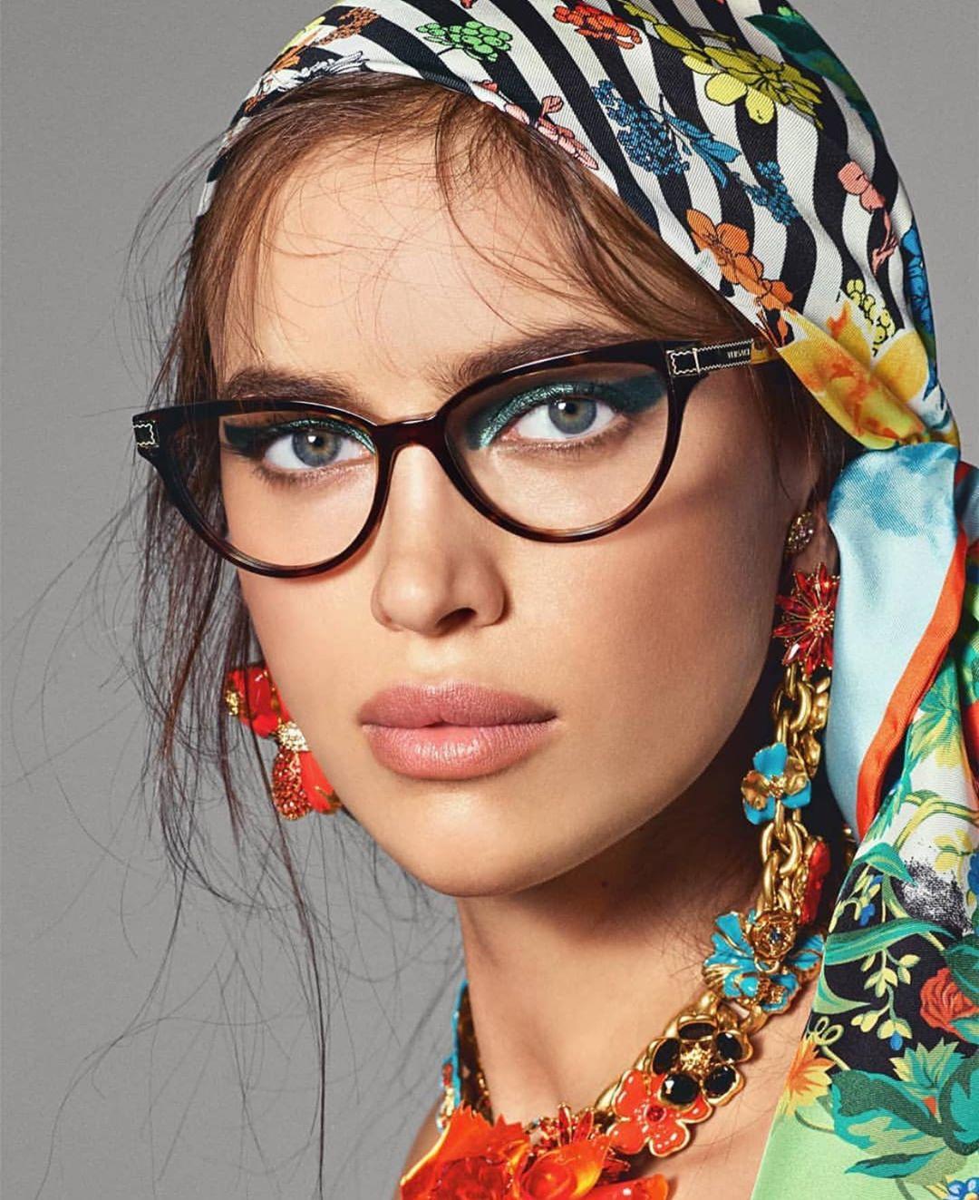 Irina-Shayk-Wallpapers-Insta-Fit-BIo-10