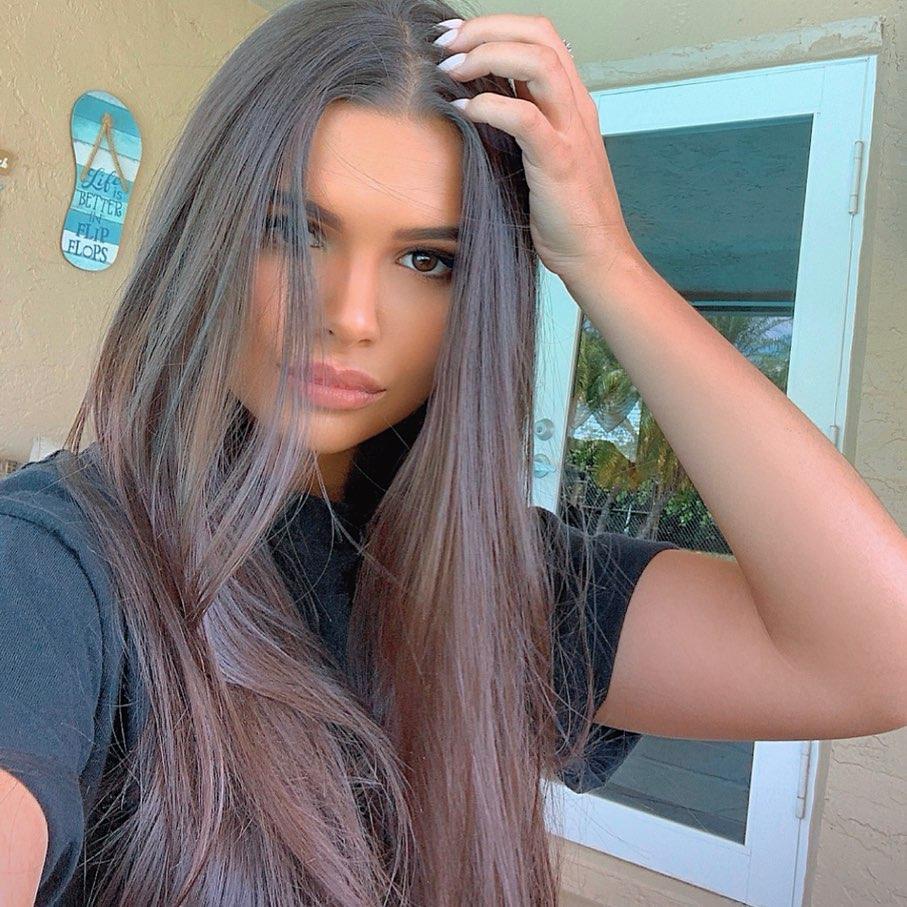 Vicky-Palacio-Wallpapers-Insta-Fit-Bio-7