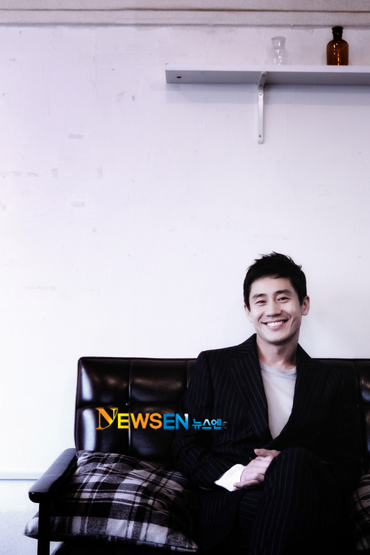20120125-Shin-Ha-Kyun