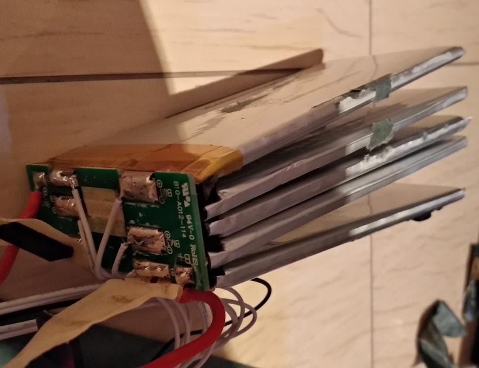 Аккумулятор Li-Ion 36В, 7А/ч стал быстро садится