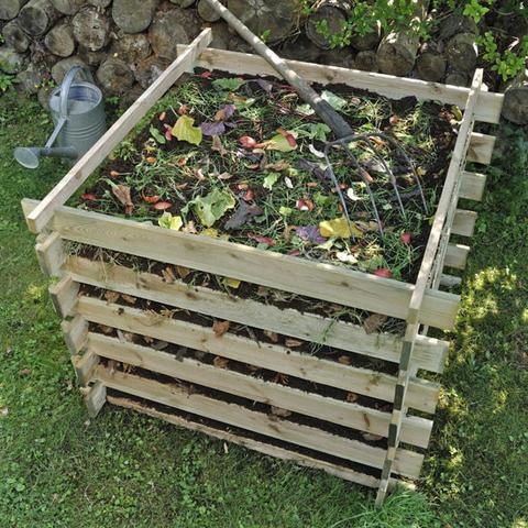 compost-pile-jpg-large-44ad5735-a69e-4446-a9c2-17dcb3dd8ebc-grande