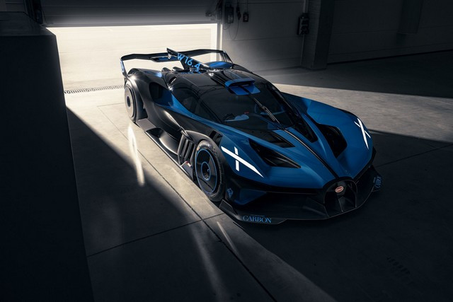 Édition de photos de Bugatti – Le Bolide de Bugatti est bien vrai Bugatti-bolide-daylight-2