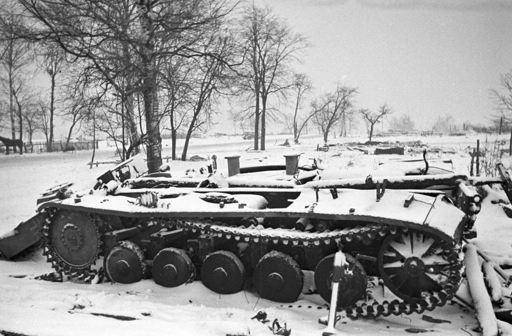 Broken German tanks near Moscow, December 1941