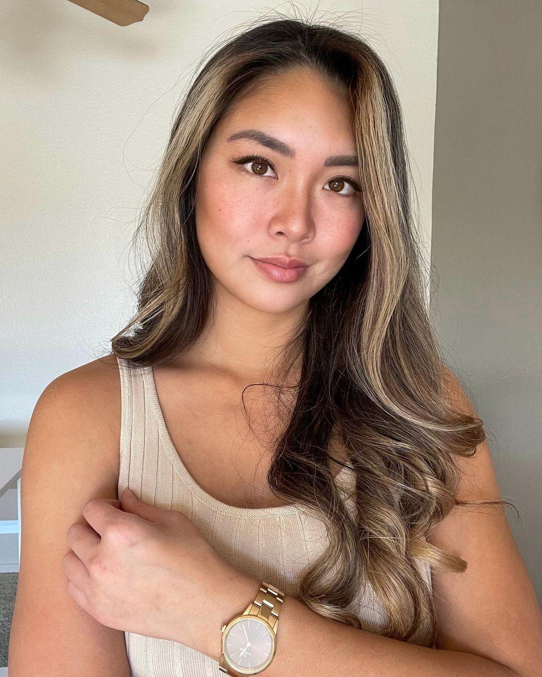 Vivian-Jasmine-Yu-Wallpapers-Insta-Fit-Bio-13