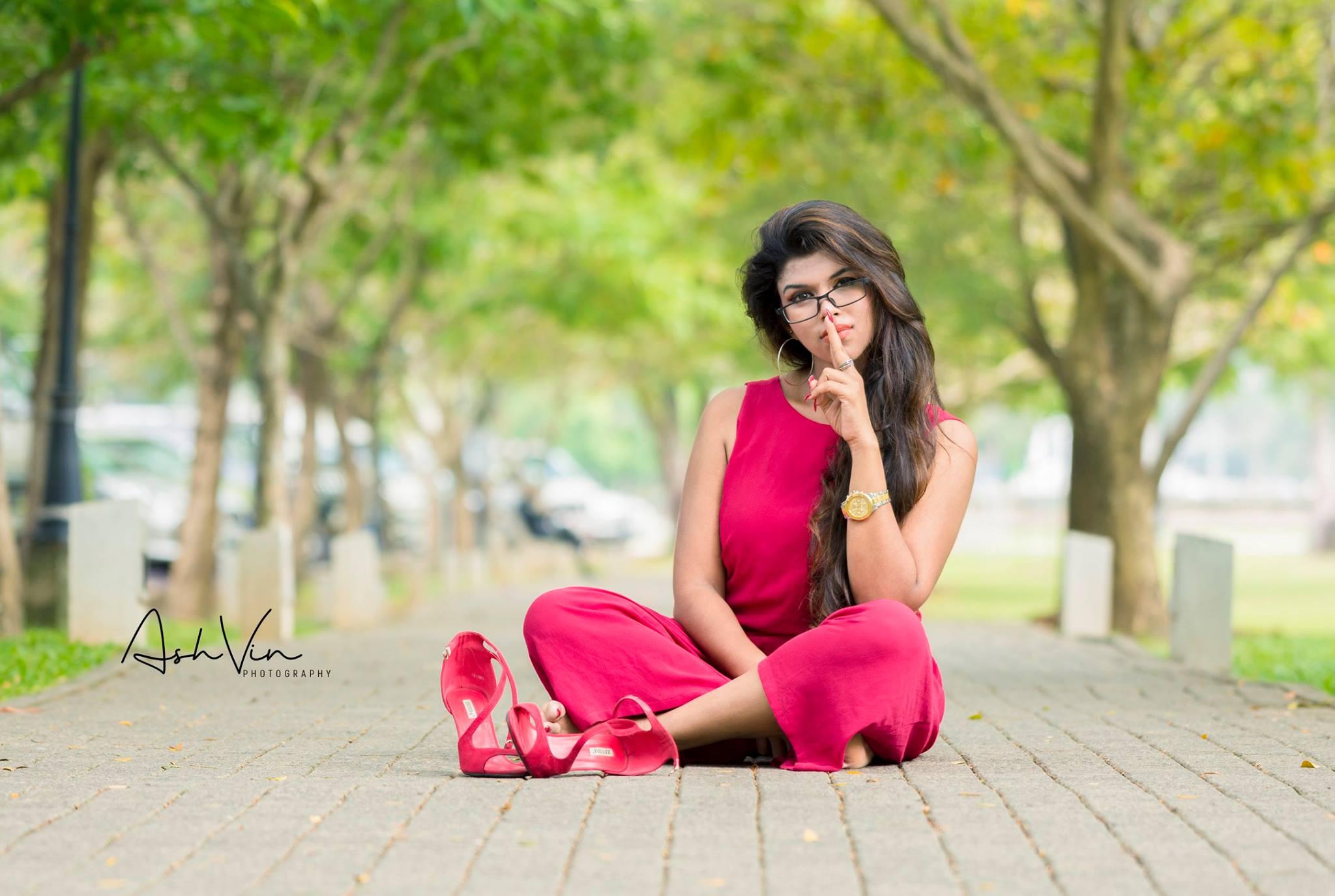 lanka-web-gossip-Heshani-Liyadipita-12