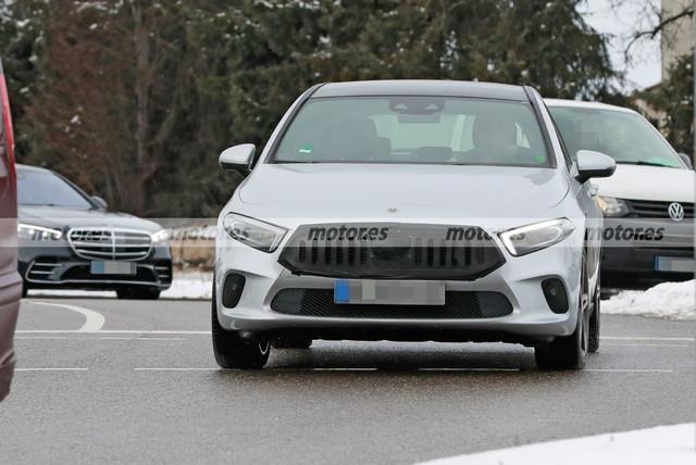 2022 - [Mercedes-Benz] Classe A restylée  6-DF31419-84-FF-4-FD3-958-D-054-B74101-BE6