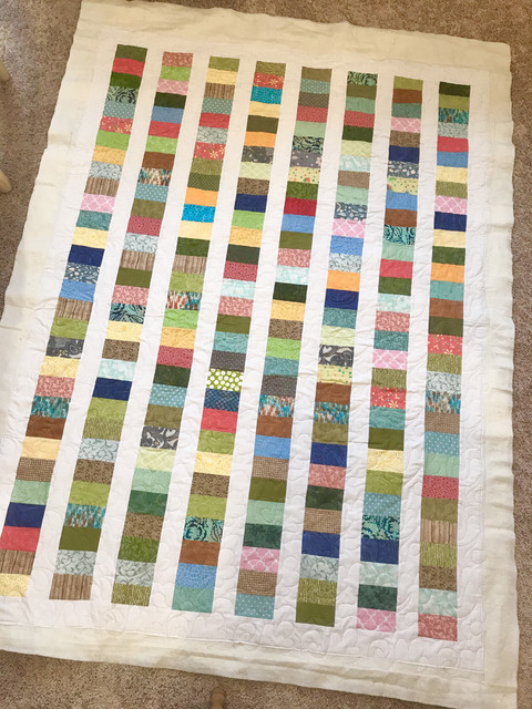 Charity Quilt, not pieced by me.jpg