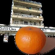 Hostal-Santa-Clara-Estartit-foto-naranja