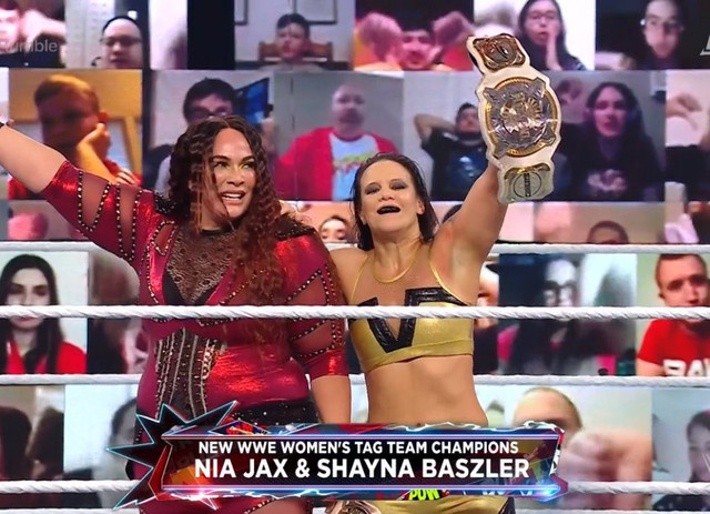 Nia Jax y Shayna Baszler vencen a Charlotte y Asuka Royal Rumble 2021