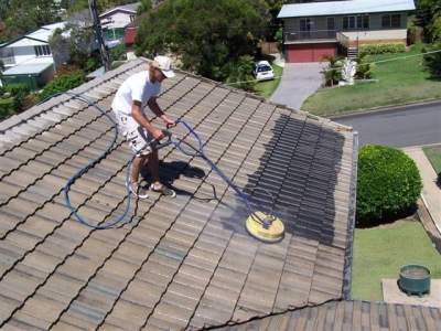 Roof-Cleaning-in-Brisbane