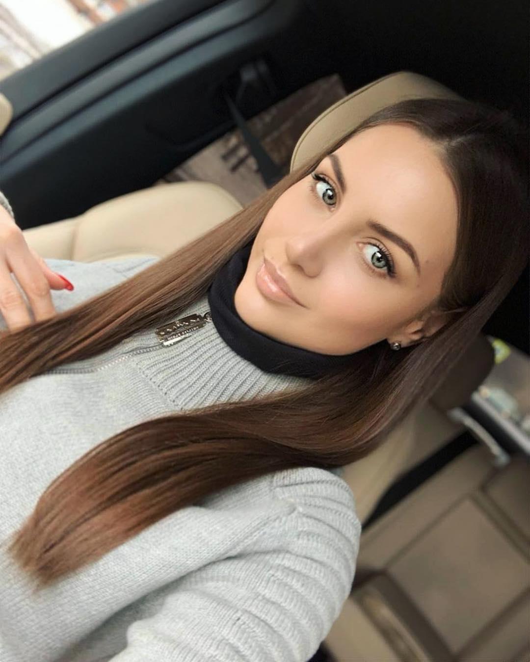 Alena-Gogoleva-Wallpapers-Insta-Fit-Bio-6