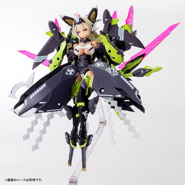 Megami-Device-04