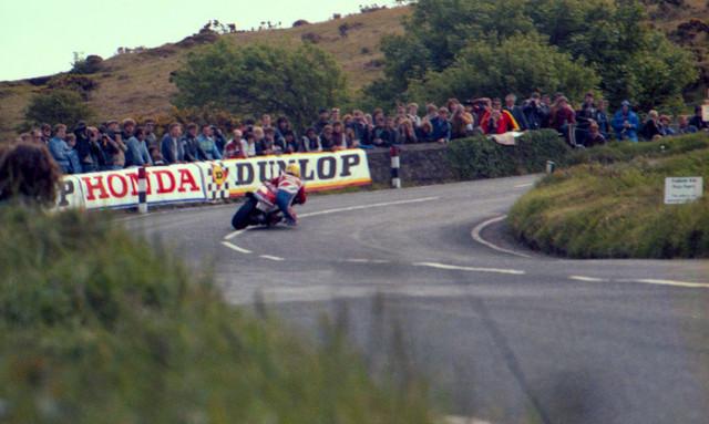 [Image: 1984-Isle-of-Man-TT-Gooseneck-bend-4.jpg]