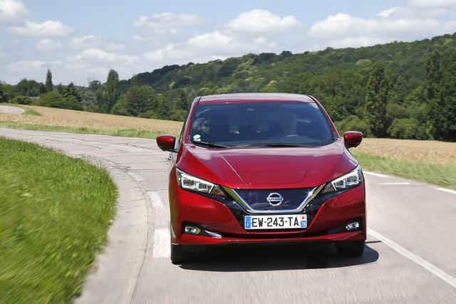 Nissan LEAF accessible Dès 16.990 € Pour Célébrer Ses 10 Ans  426230182-3-6-source