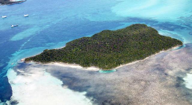 Tim-Mc-Graw-Faith-Hill-Goat-Cay.jpg