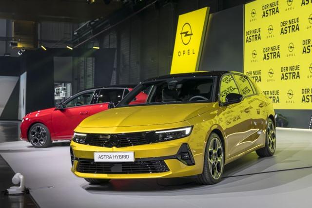 Re: 2021 - [Opel] Astra L [OV51/52] - Page 25 9-A5-BAD20-D1-BD-4339-A5-FD-EEDA32-F6-E6-FF