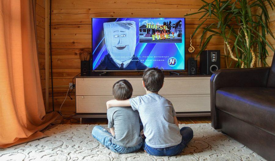 นั่งดูโทรทัศน์ 10 นาที เผาผลาญกี่แคล? | อัตราการเผาผลาญพลังงานจากกิจกรรมชีวิตประจำวัน