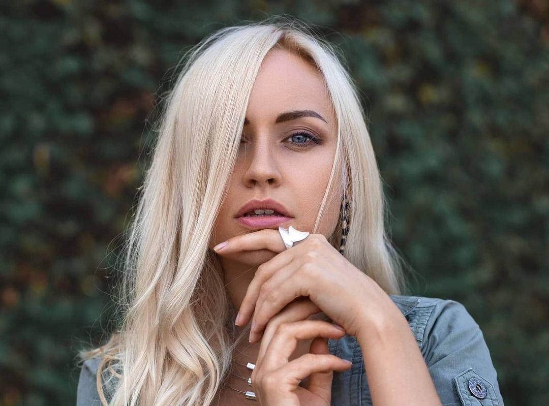 Evgenia-Taranukhina-Wallpapers-Insta-Fit-Bio-5