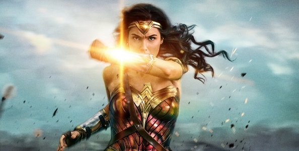 wonder-woman-uber-4320x1080-deflection-1