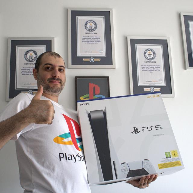 PS獎盃肝帝「Hakoom」的PS5到手了 Image