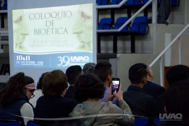 coloquio-bioetica-medicina-uvaq-8
