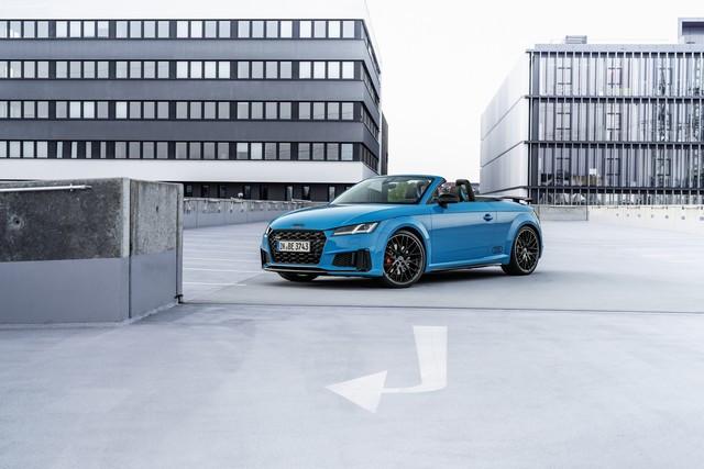 Accent sportif : l'Audi TTS competition plus A208526-medium