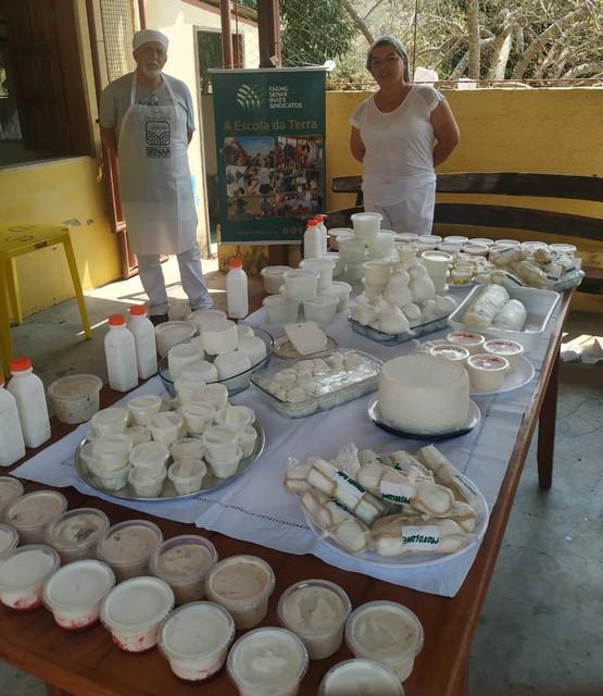 Curso piloto de Derivados de Leite de Búfala estimula produtores de Umburatiba (MG)