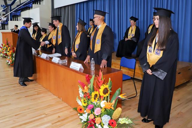 Graduacio-n-Cuatrimestral-40