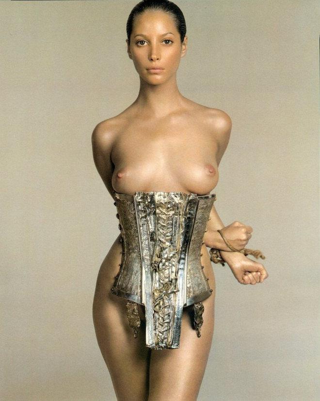 Christy Turlington by Richard Avedon