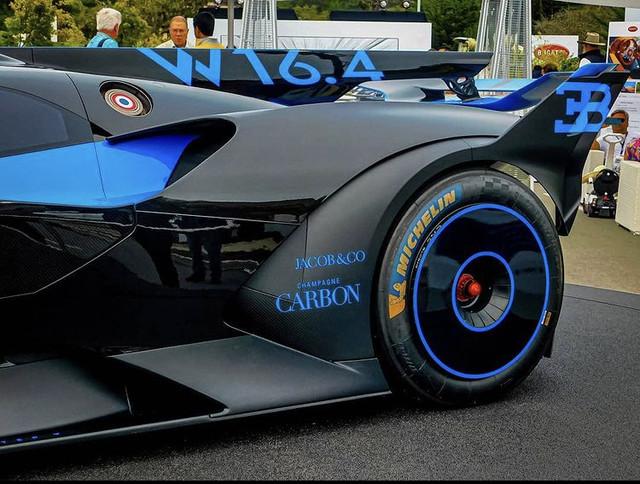 2020 - [Bugatti] Bolide concept 93313332-9-A95-4417-A6-D8-C7-E8-D5-F98-EEB