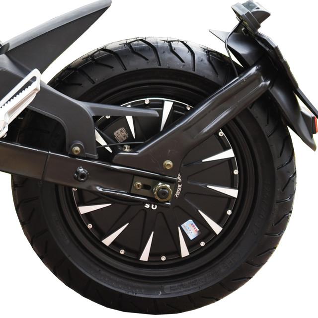 black-razer-motor