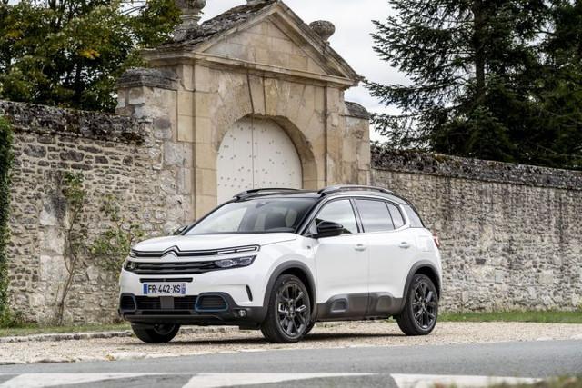 2017 - [Citroën] C5 Aircross [C84] - Page 24 86523-EE1-F899-4215-93-AF-88361-E37646-E