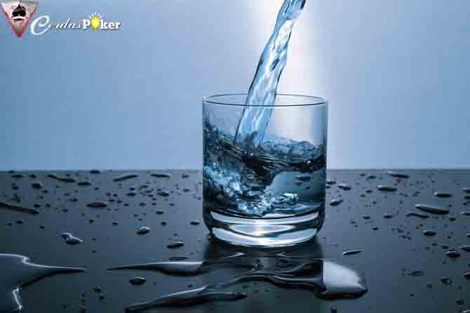 Memilih Air Minum yang Tepat untuk Keluarga