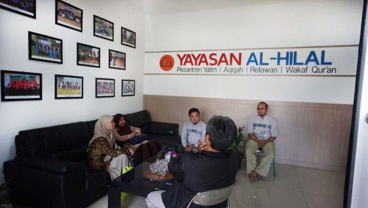 Kunjungan Tim Verifikasi Kementrian Agama Pusat ke Kantor Yayasan Al-Hilal 1