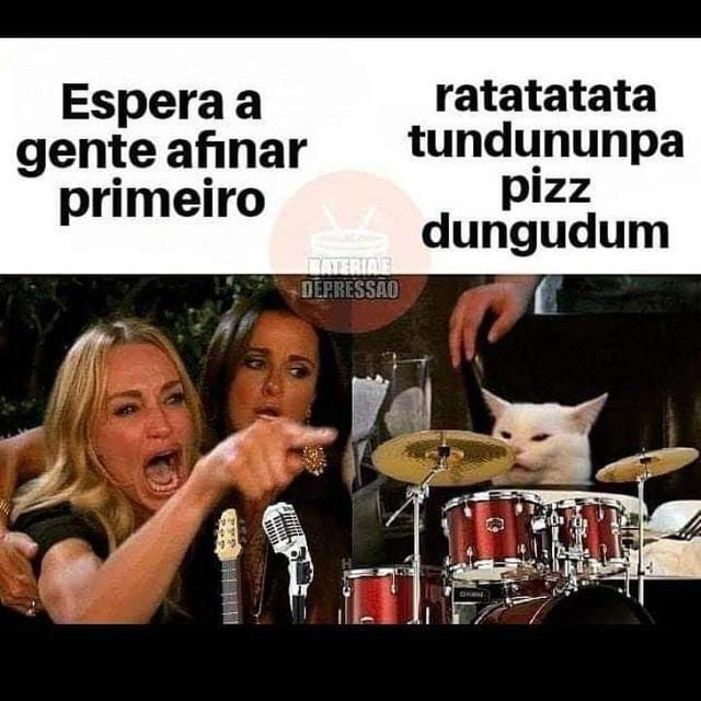 Ser baixista é... (memes, pics, etc) - Página 2 Bdb
