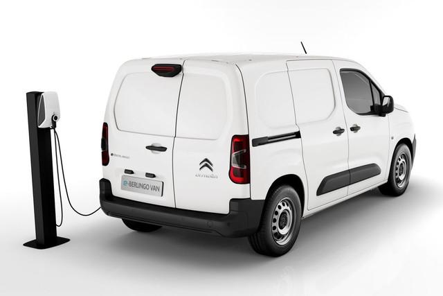 2018 - [Peugeot/Citroën/Opel] Rifter/Berlingo/Combo [K9] - Page 9 A7004-FCC-5-B99-4-D5-F-91-E9-D3-C4548-E1735