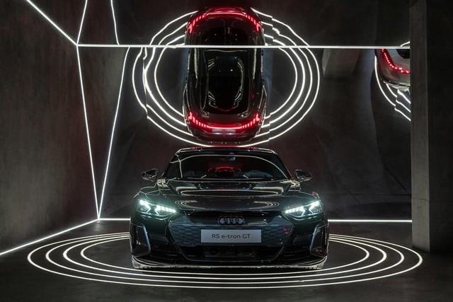 L'Audi A6 e-tron concept à la Milan Design Week A216465-medium