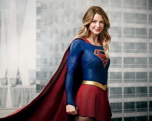 Séries da CW só retornarão em 2021