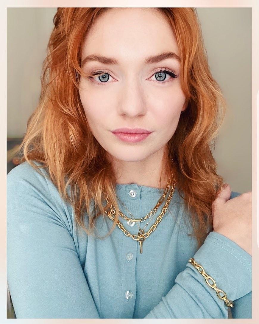 Eleanor-Tomlinson-2